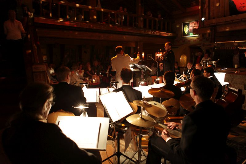 Leo_Wundergut_inspiranten_Capital_Dance_Orchestra_Dracula_Club