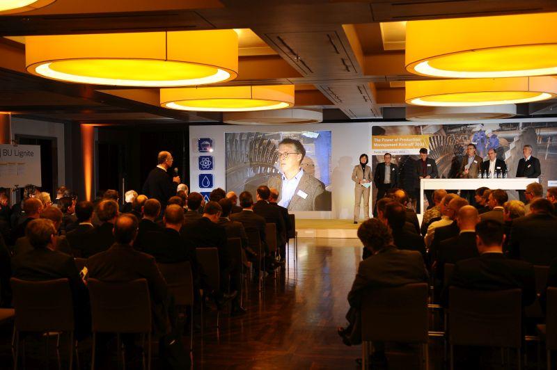Dialog mit Führungskräften über Unternehmens-Kernwerte